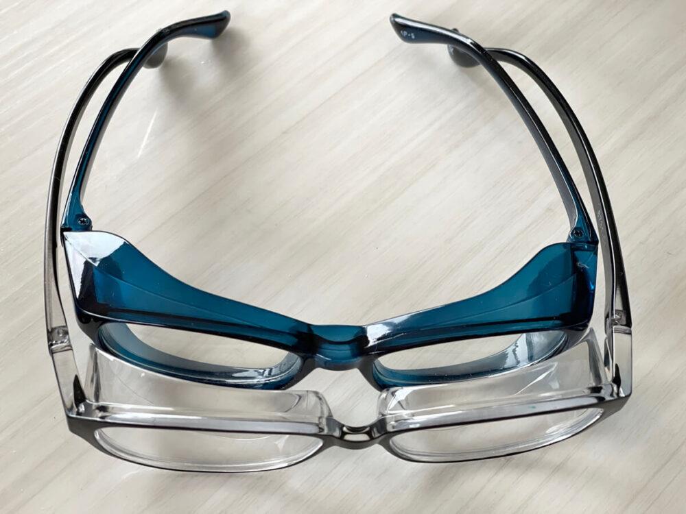 100均花粉症メガネとスカッシースタイルを比較