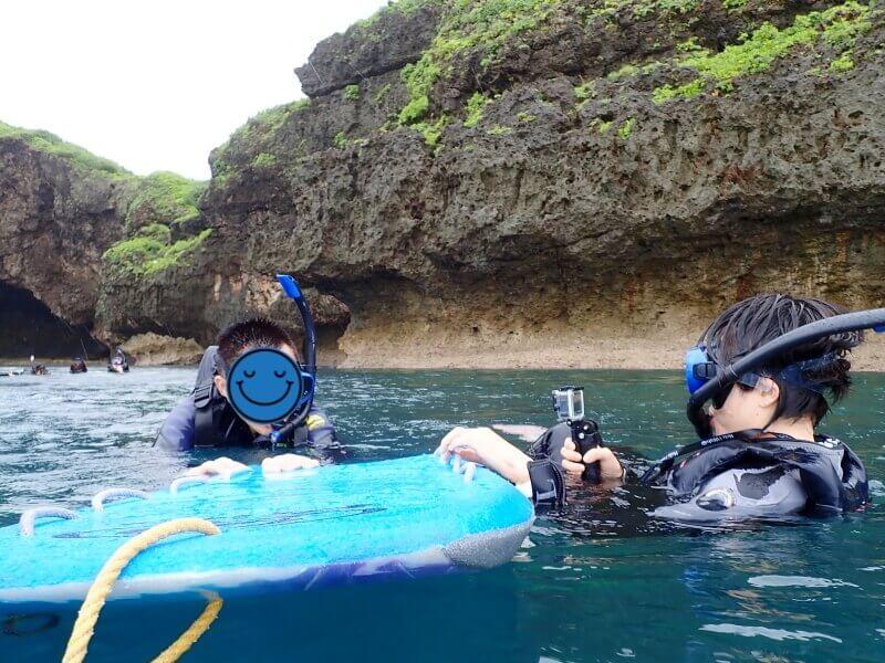 沖縄青の洞窟 シュノーケリング 雨