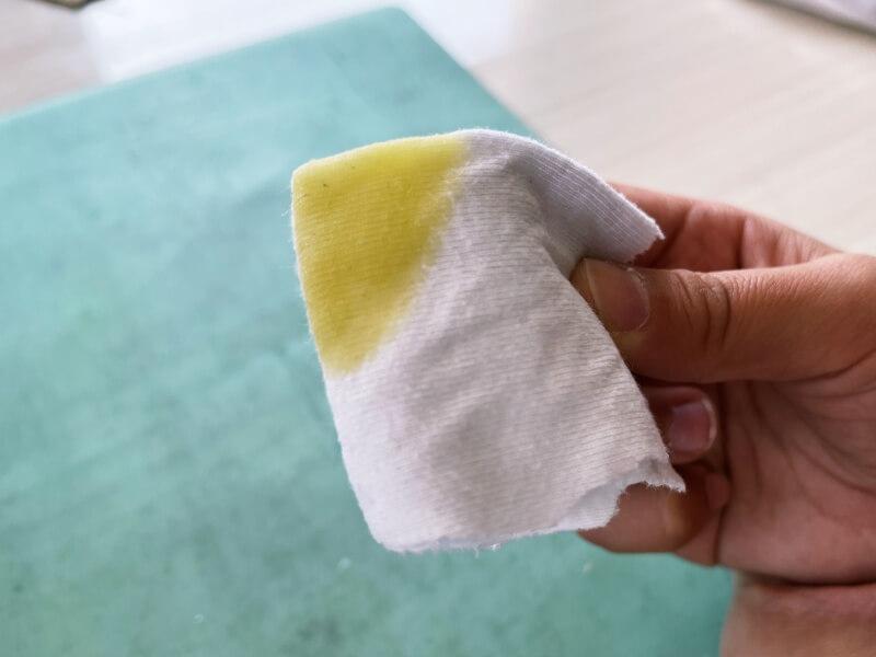 ソフト下敷き 鉛筆汚れ オリーブオイル